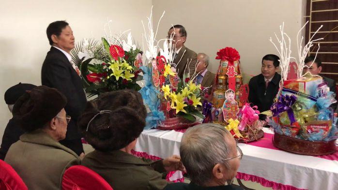 Phát biểu trong lễ ăn hỏi của đại diện họ nhà trai