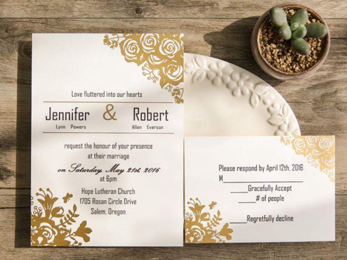 chất liệu giấy in thiệp cưới